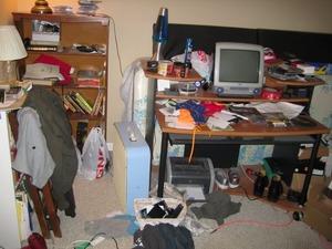 clutter_3_2n1gnkz.jpg